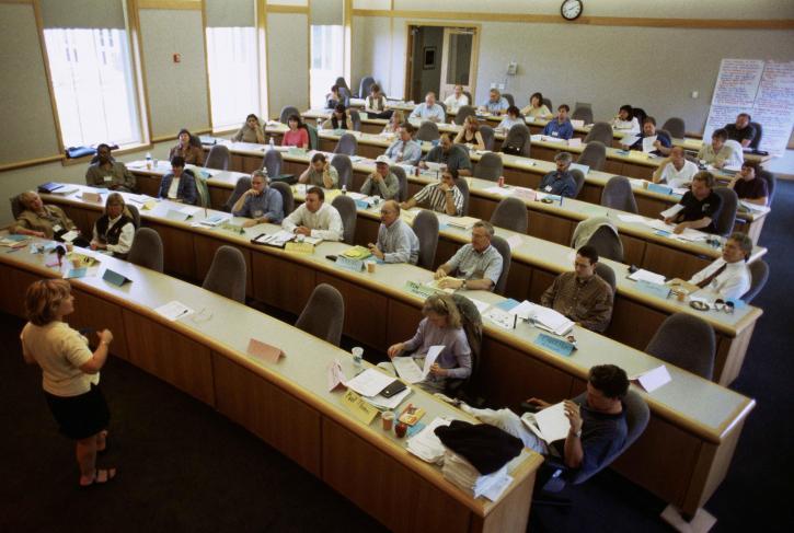 """Harmonogram szkoleń w ramach projektu """"Laboratorium Edukacji Przyszłości"""""""